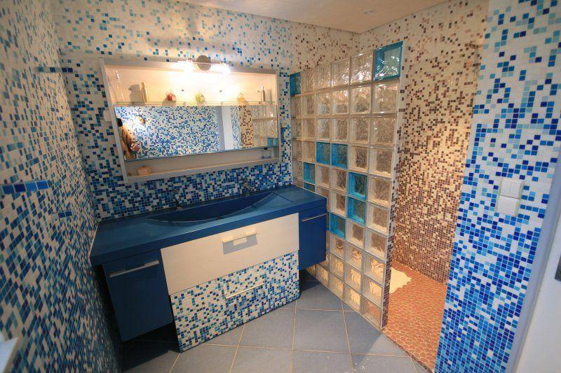 paroi de douche en pav de verre - Salle De Bain Pave De Verre