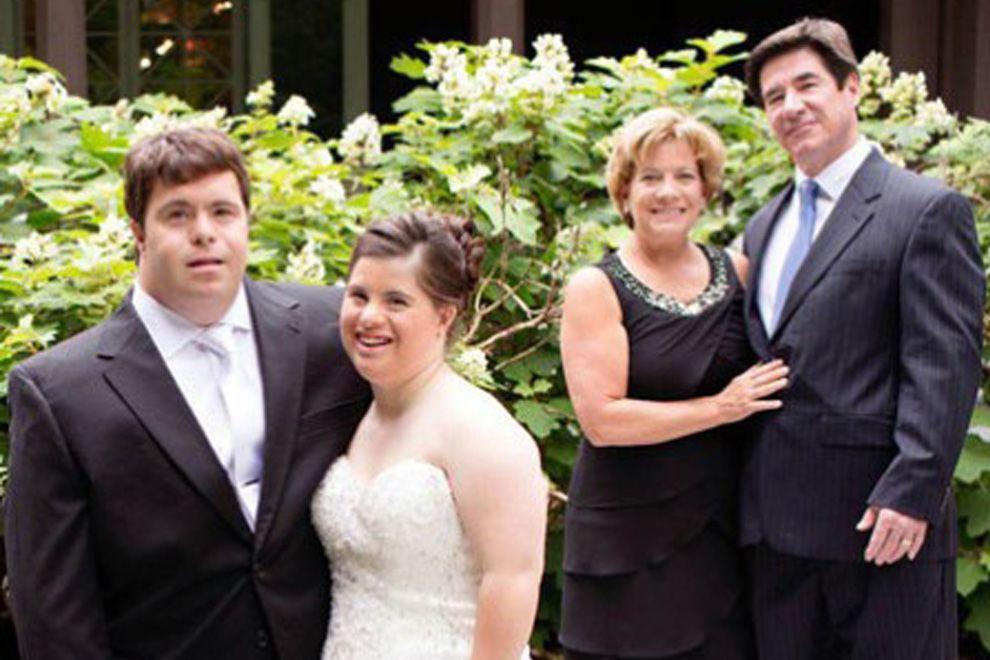Zur Hochzeit Dieser Vater Hat Eine Ruhrende Botschaft Fur Seine Tochter Mit Down Syndrom Tochter Hochzeit Brief An Meine Tochter