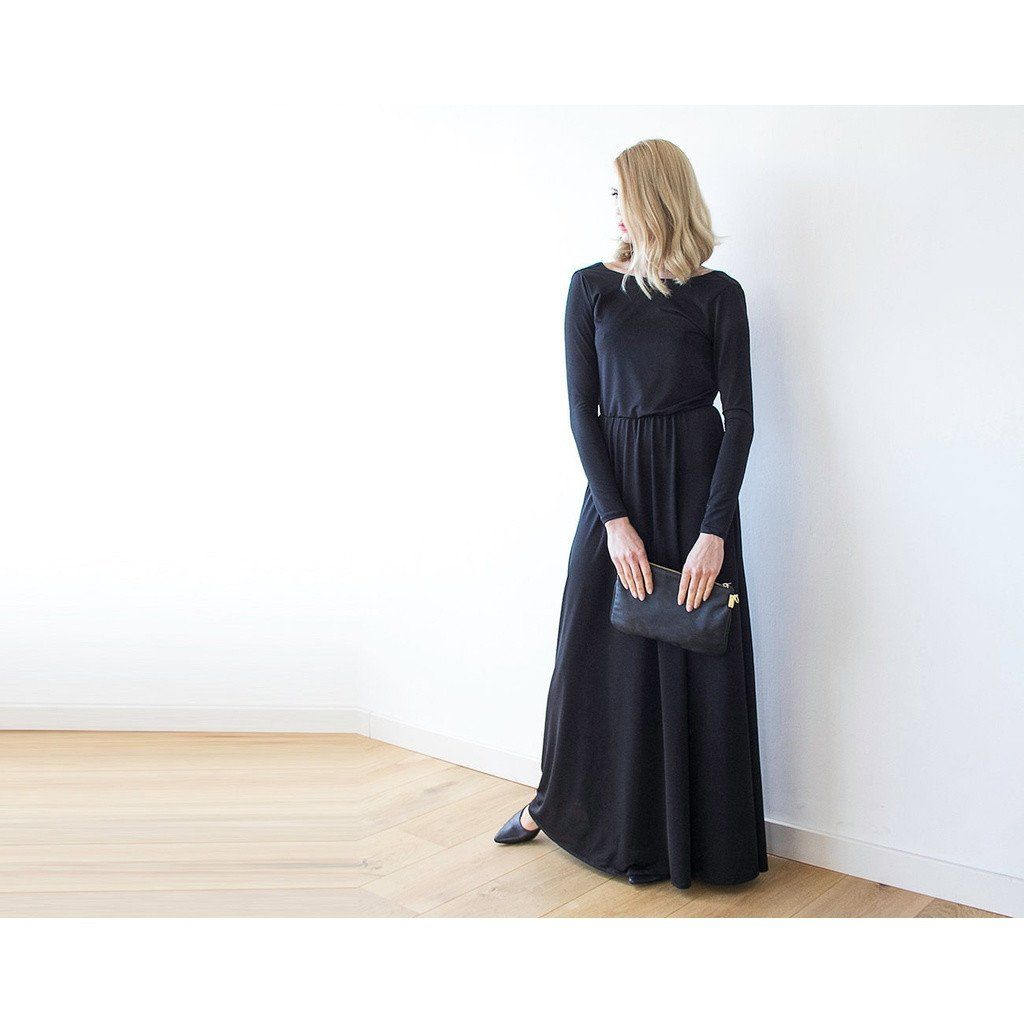 Black formal backless long sleeve maxi dress with openback