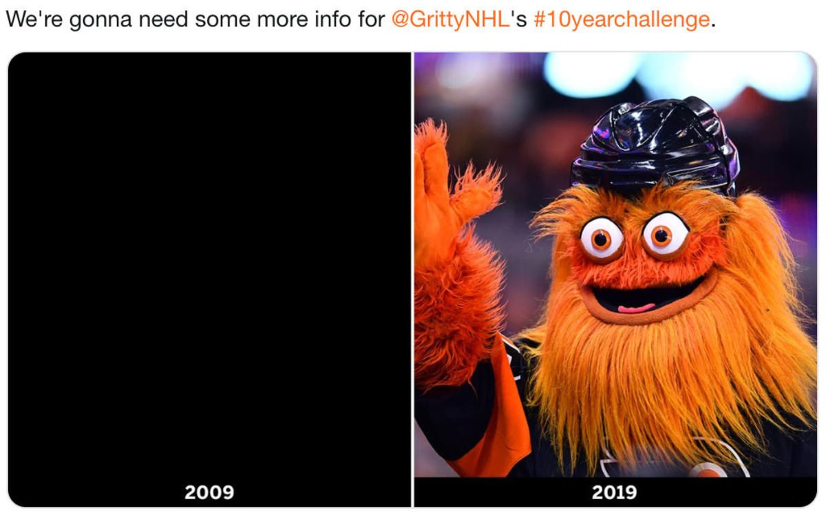 Flyers Mascot Gritty Shares His Own 10yearchallenge Photo Nbc Phila Mascot Photo Flyer