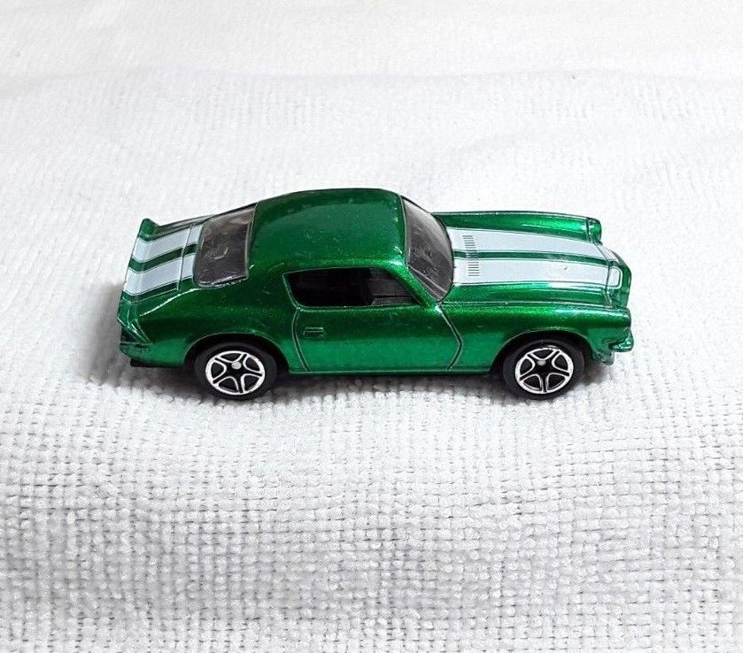 Matchbox 1971 Chevy Camaro Z 28 1 62 Scale Dual White Stripes Matchbox Chevrolet Chevy Camaro Camaro Z Camaro