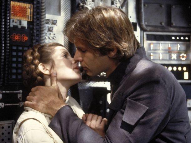 """Star Wars : Episode V - L'Empire contre-attaque - 1980 Princesse Leia (Carrie Fisher) : """"Je t'aime. Han Solo (Harrison Ford) : Je sais."""""""