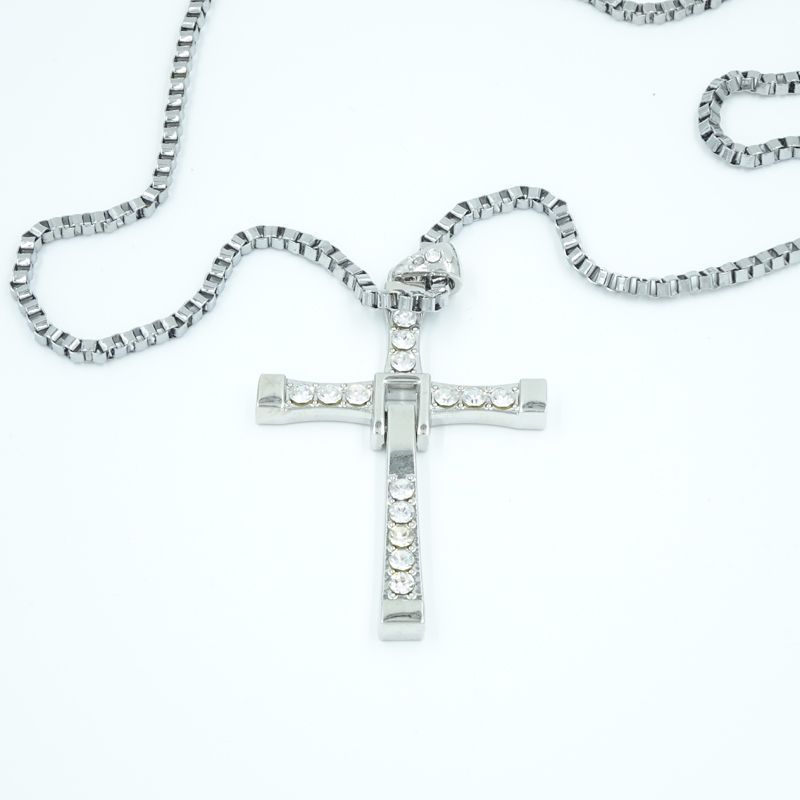 Vin Diesel Cross Necklace: Fast And Furious Dominic Toretto Vin Diesel Titanium Cross