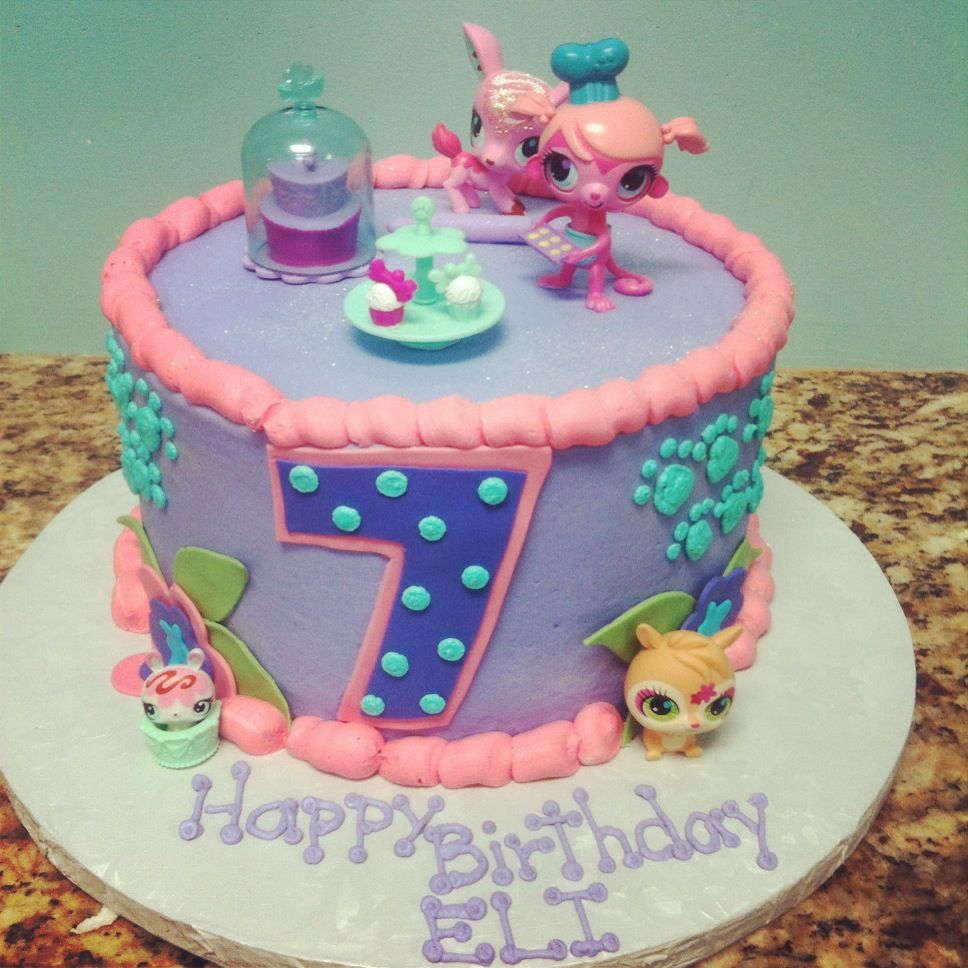 Sweet Littlest Pet Shop cake so cute lps birthday party ideas