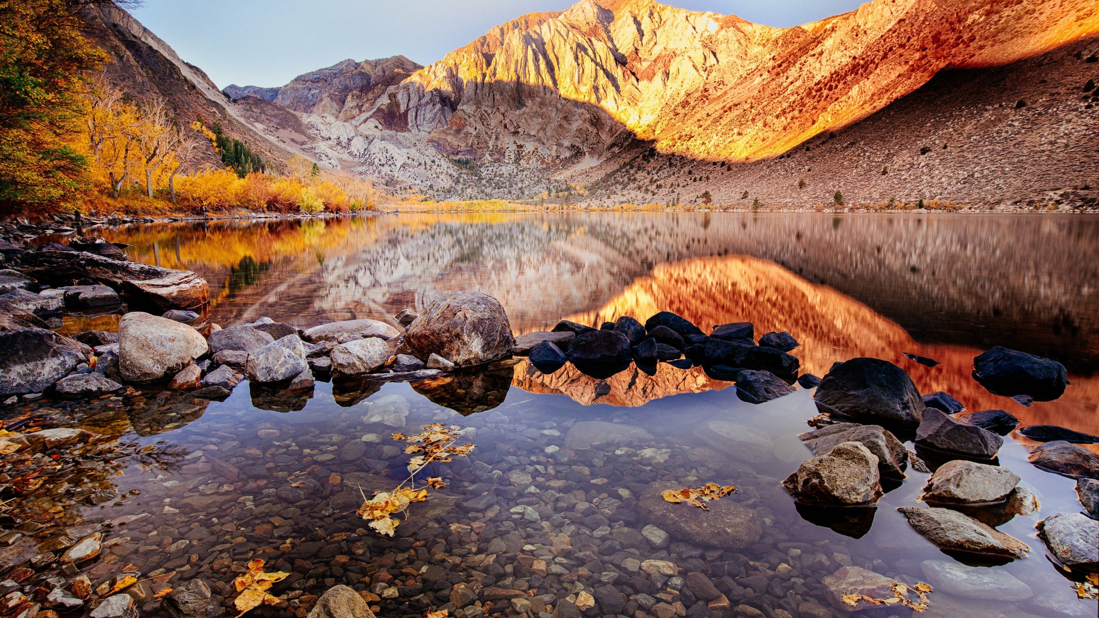 convictlake,autumnmountmorriso,california, USA View