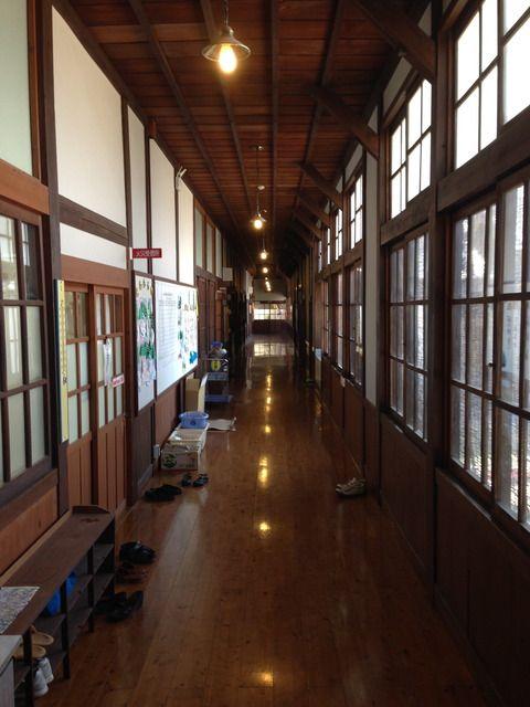 和歌山県 高野口小学校木造校舎視察 西脇小学校の木造校舎を想う会 ガレージハウス 木造 ハウス