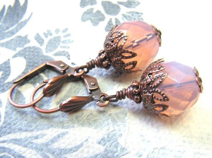 """Ohrhänger - """"Erdbeemilch"""" Vintage Ohrringe in Kupfer - ein Designerstück von…"""