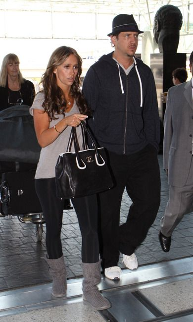 9c4b1e1b5bc Jennifer Love Hewitt spotted wearing a pair of UGG Classic Cardy ...