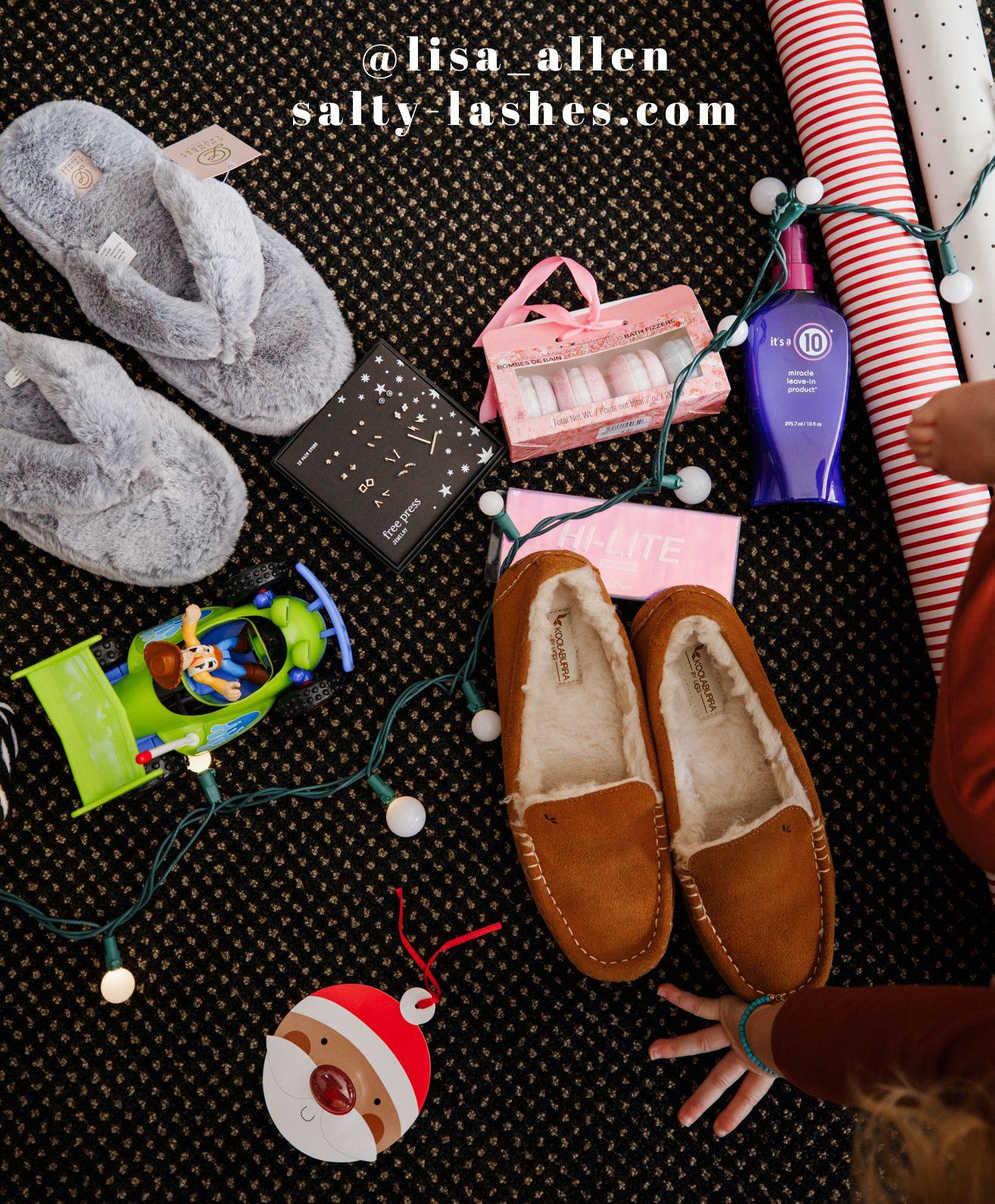 Lisa Allen From Salty Lashes On Nordstrom Rack Gift Guide #nordstromrack