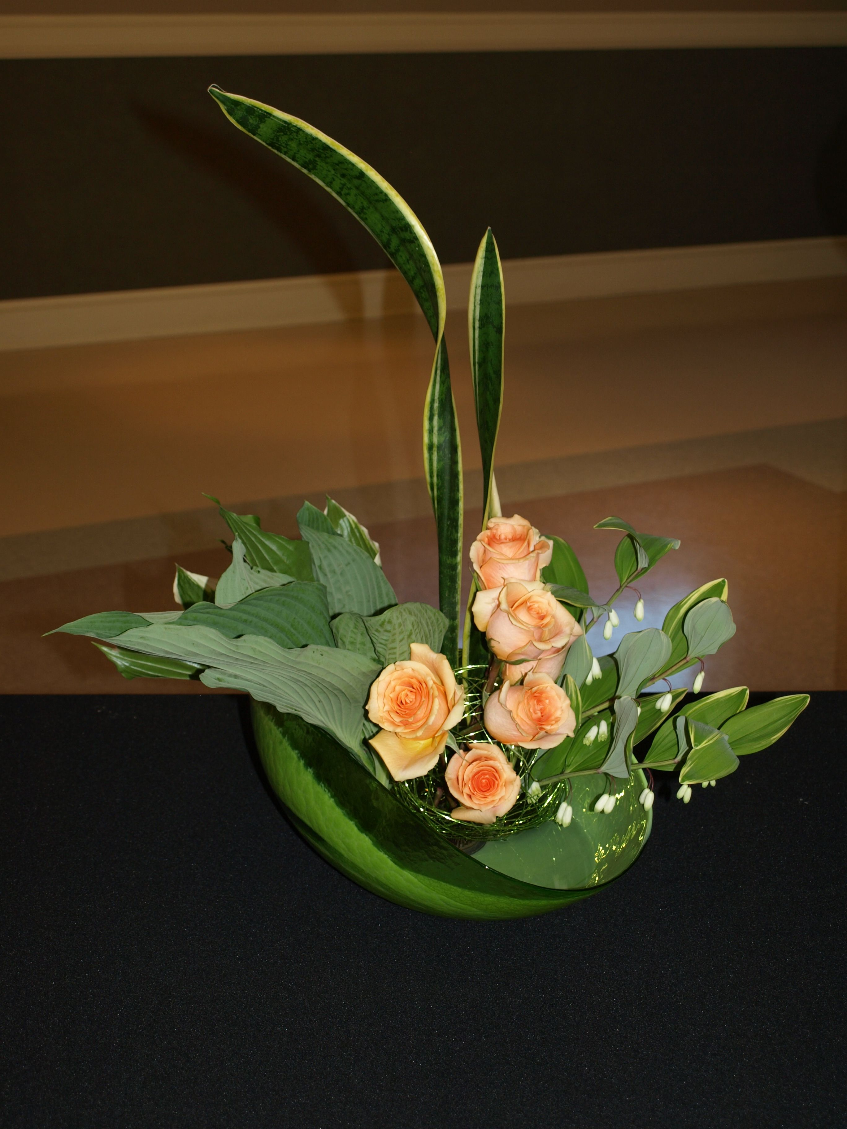 ikebana arrangement ikebana pinterest. Black Bedroom Furniture Sets. Home Design Ideas