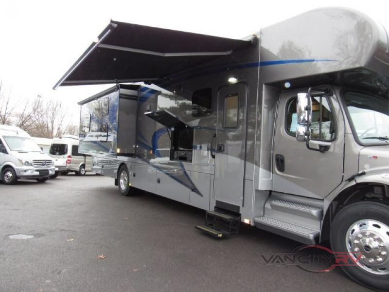 New 2019 Renegade Valencia 38bb Motor Home Super C Diesel At Van