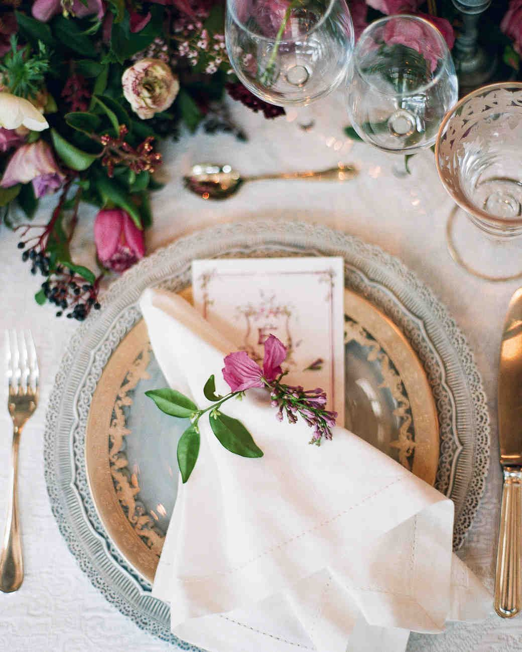 The Prettiest Place Settings from Real Celebrations | Martha ...