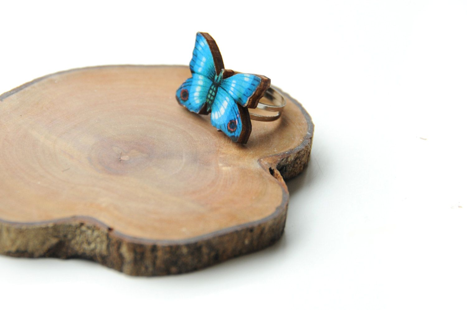 Wooden Ring - Butterfly ring - Laser cut ring - wood ring - gift for her - adjustable ring. €13.00, via Etsy.