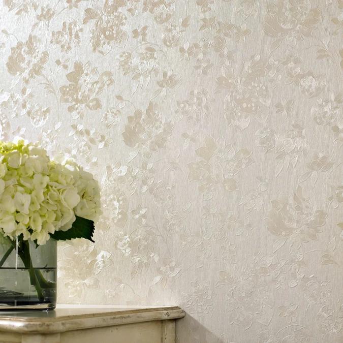 Superfresco Cream Shimmer Floral Silk wallpaper