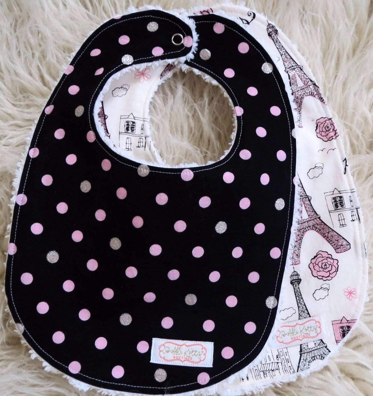 Girl being polka dot black pink — photo 7