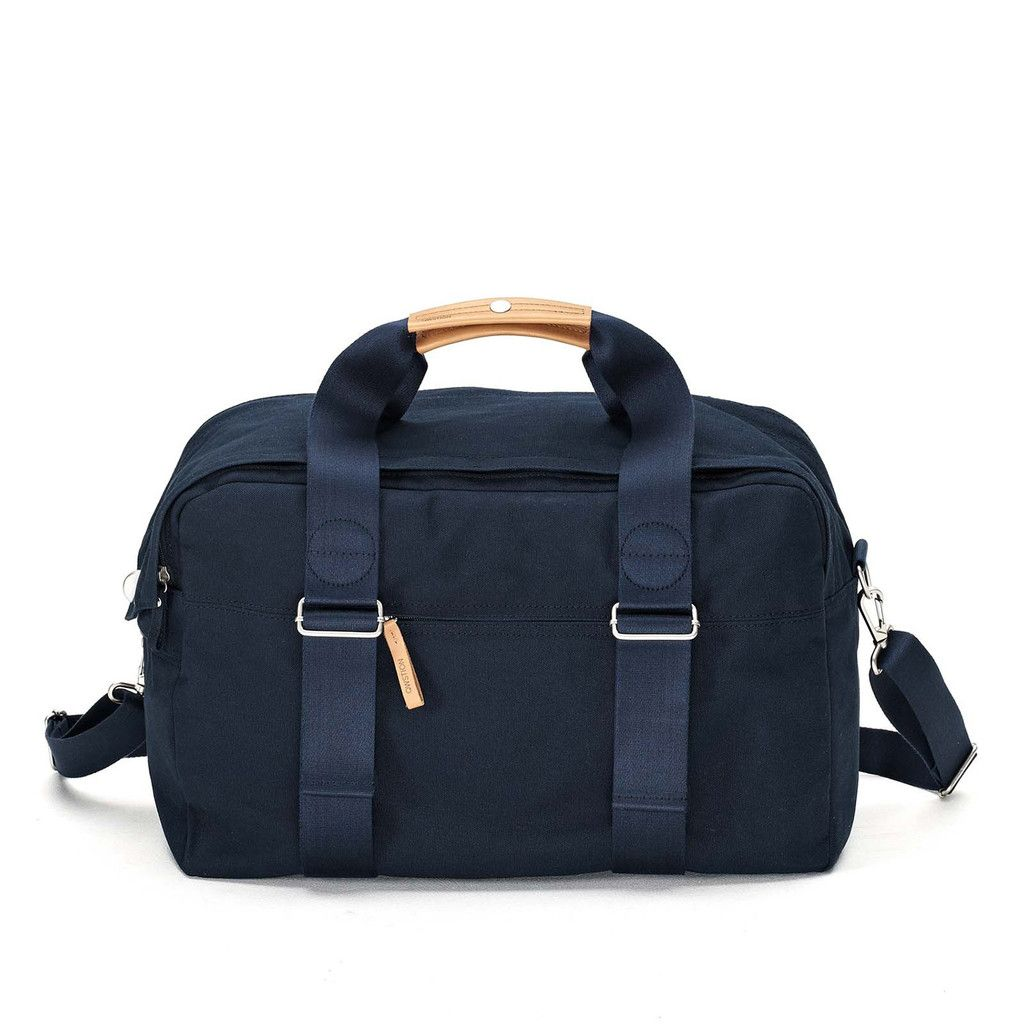 QWSTION Weekender Organic Navy. Available at Concrete Store Prinsestraat | WEBSHOP  #dipyourfeetintotheconcrete #concretestore #thehague #accessories #women #men #bags #QWSTION #Weekender #Organic #Navy