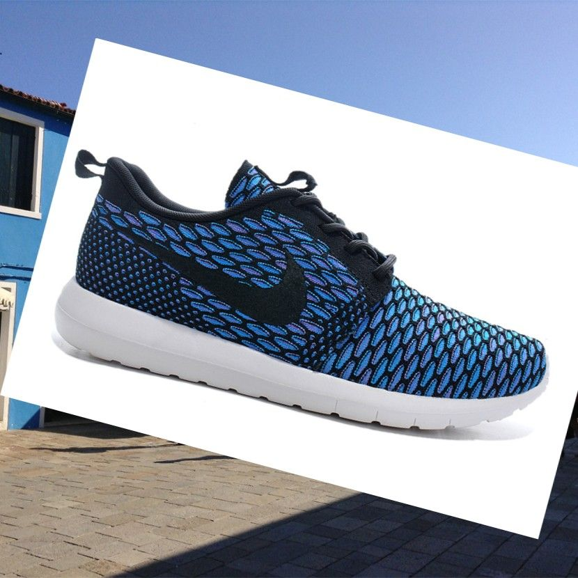 Nike Roshe Run Flyknit Blu Scarpe Donna,Wearing trainers will have a nice  day.