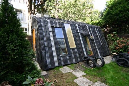 Maisongomme A Funky Garden Office And Shed Made From Recycled Car Tires Tyres Recycle Recycled Tyres Garden Backyard Garden Layout