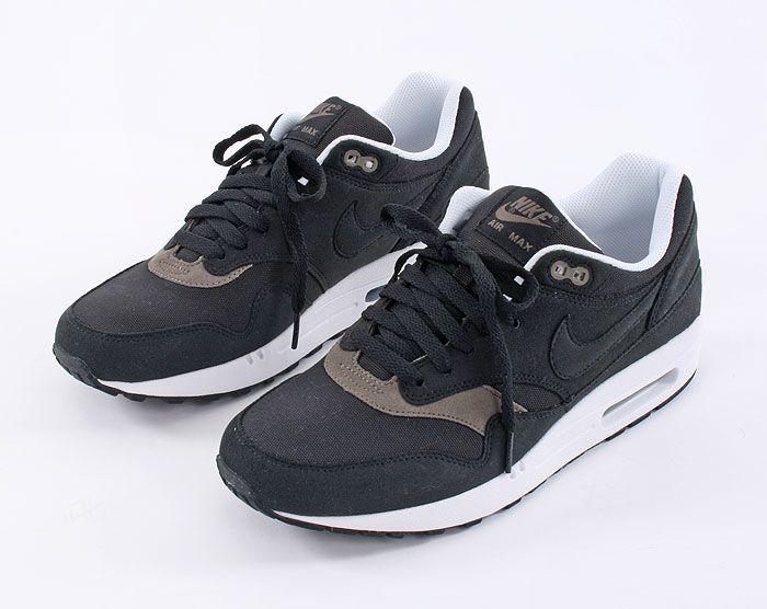 buy popular 311c5 32ebb Nike Air Max 1 - Black Smoke