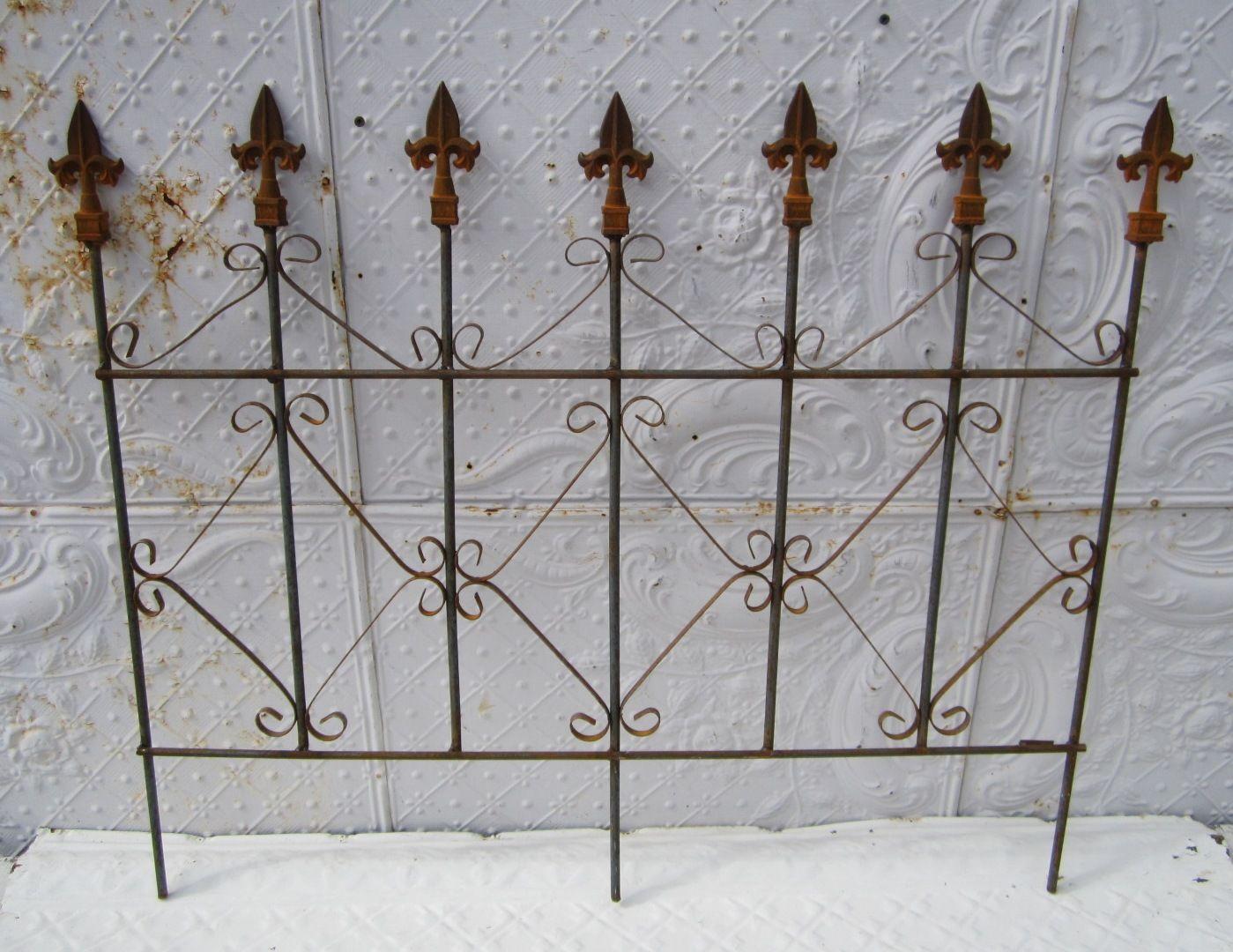 Wrought Iron Diamond Garden Border Fence