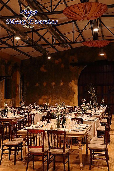 Otra impresionante foto de esta #boda #estilo #vintage #Boda #Wedding #Merida #yucatan #WeddingDestination #SafeDestination #BodasDestino #catering #banquete #DestinoSeguro