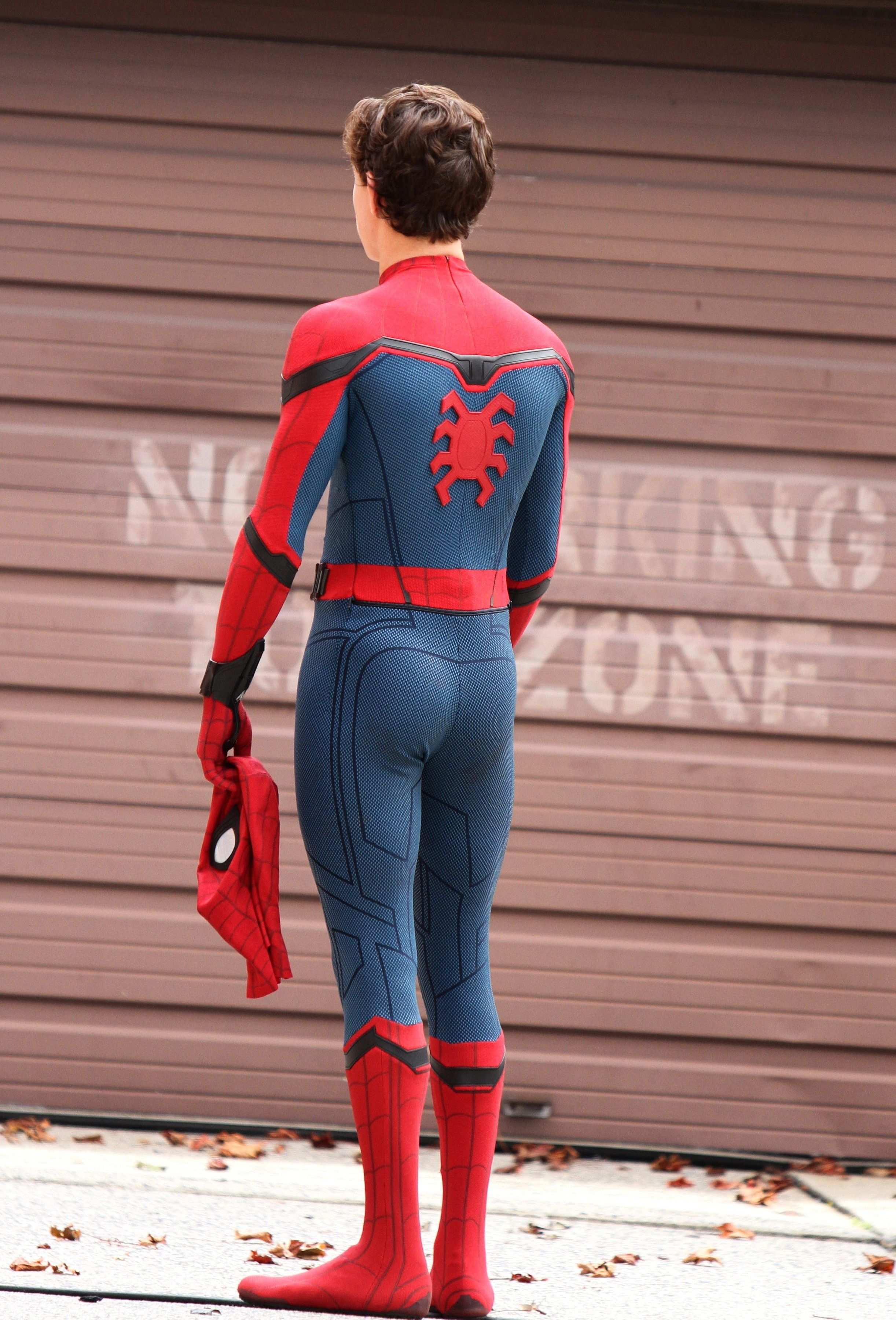 Pin by taylor on Tom Holland   Tom holland spiderman, Tom
