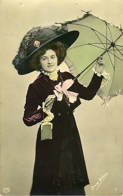 Fashionable Lady With Parasol Vintage Pictures Vintage Umbrella Vintage Images