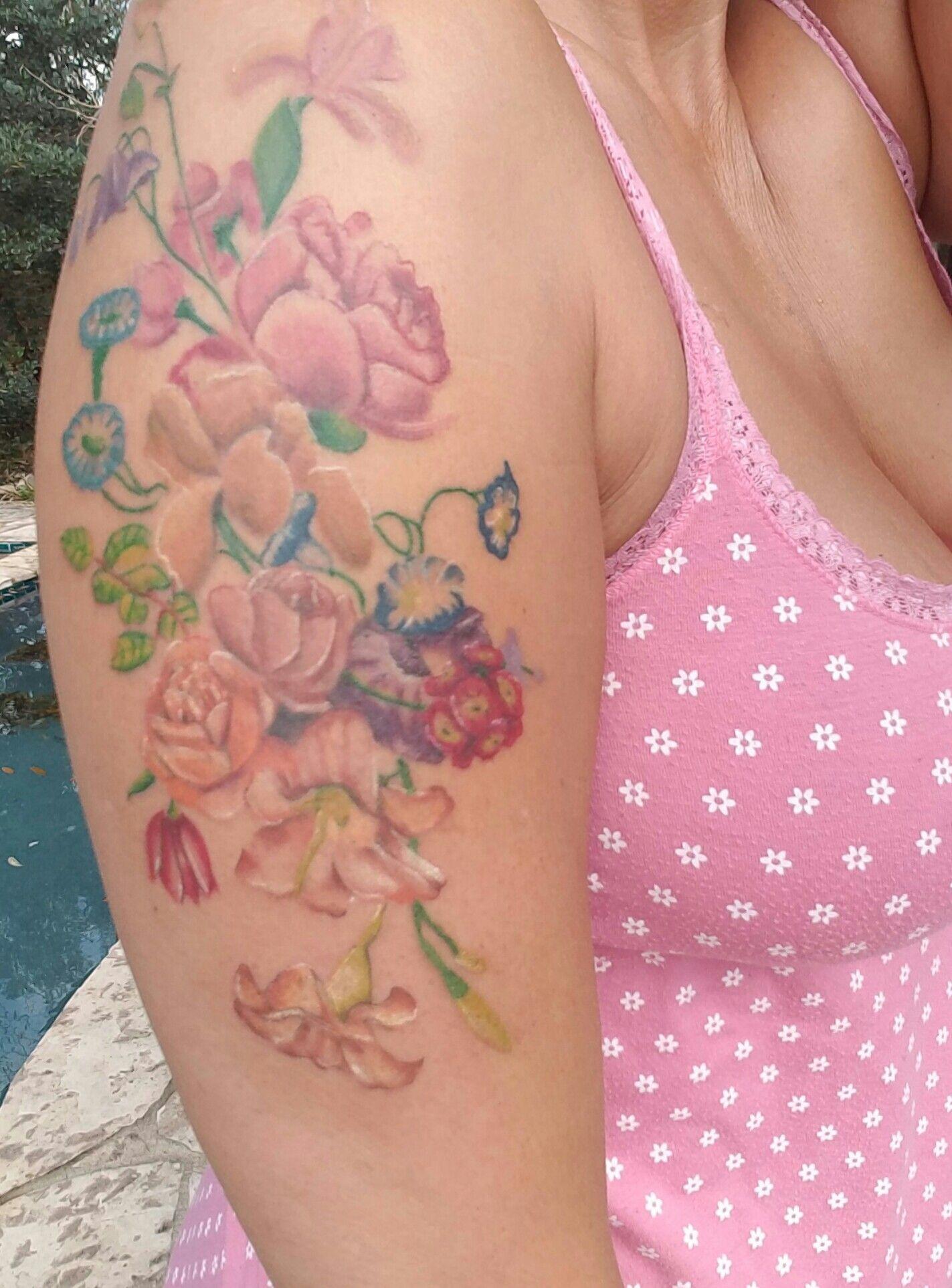 My Beautiful Flower Tattoo Artist Yoma At Twisted Tattoo In San