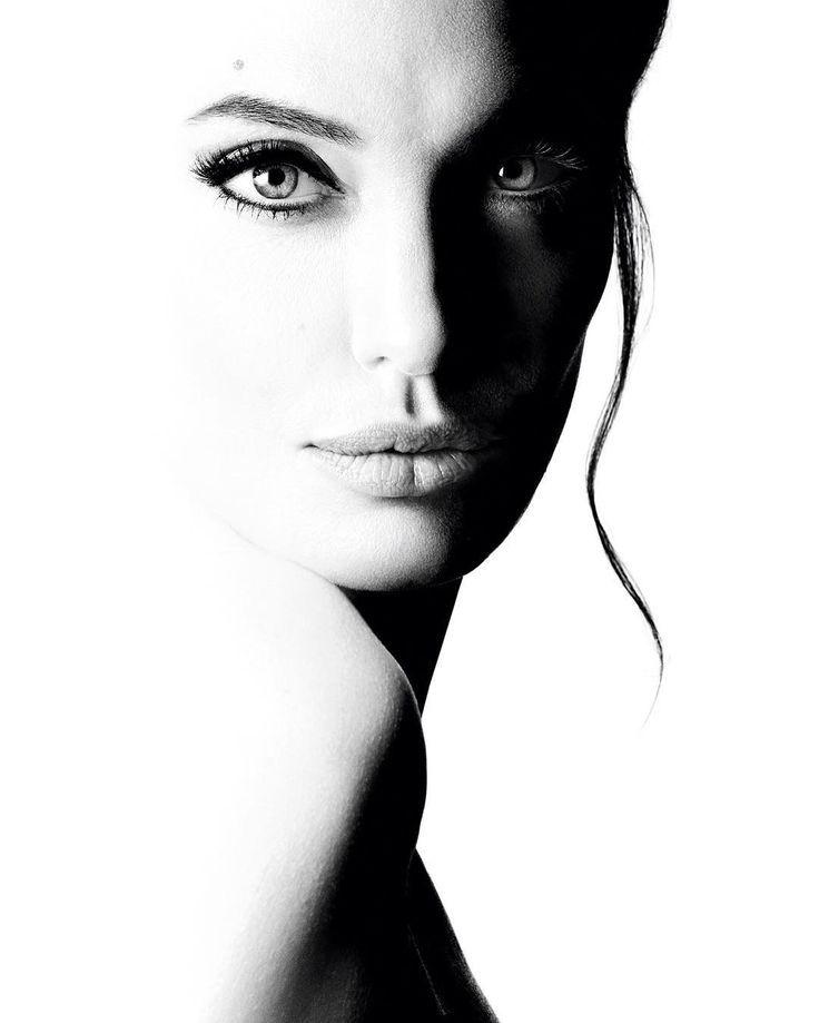 High key photography | black and white photo | Angelina ...