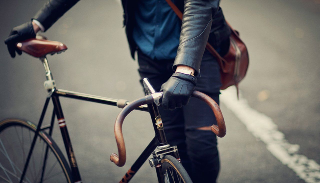 The Life of Cycle – Urban Cyclists in Berlin by GestaltenTV on Vimeo