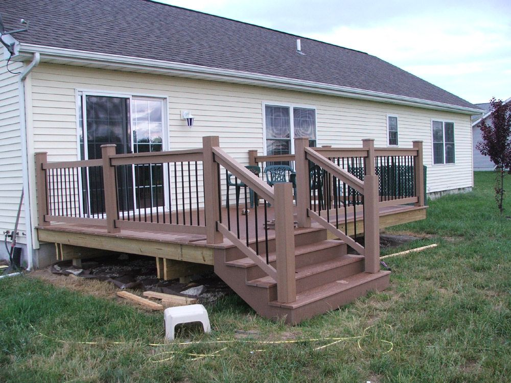 12 X 16 Deck Thinking About A Smaller One 12 X 12 Like This And A Patio After Deck Designs Backyard Patio Deck Designs Small Backyard Decks