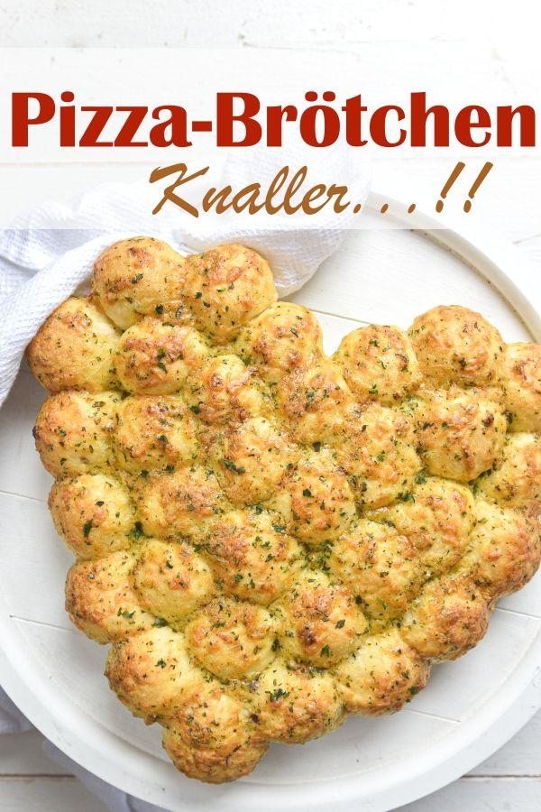 Pizza Brötchen mit Knoblauch-Kräuter-Käse-Kruste. Knaller!