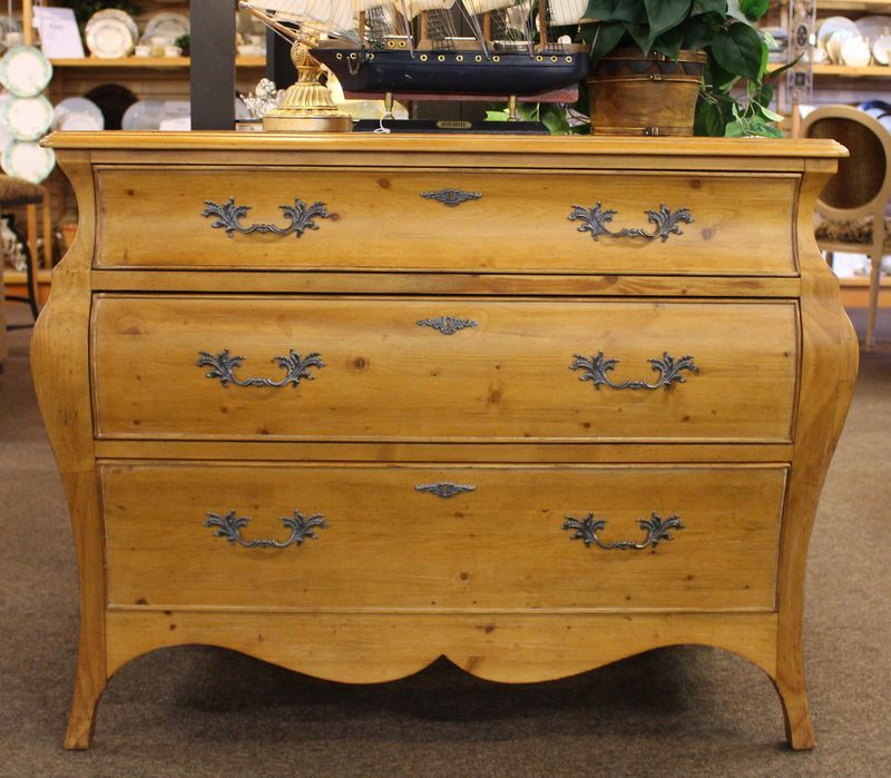 Ethan Allen Coffee Table With Drawers: Ethan Allen 3 Drawer Pine Bombay Chest