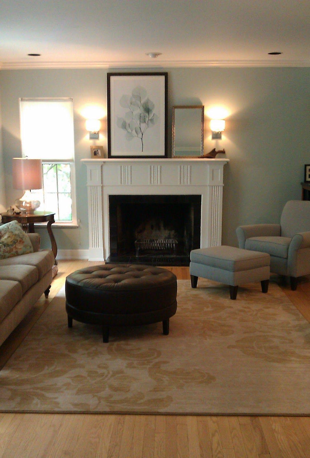 Someone S Nice And Simple Livingroom Living Room Ceiling Simple Living Room Living Room