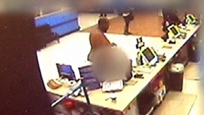 Disturbed 300lb Man Shops Naked At Wal-Mart   JustKhaotic