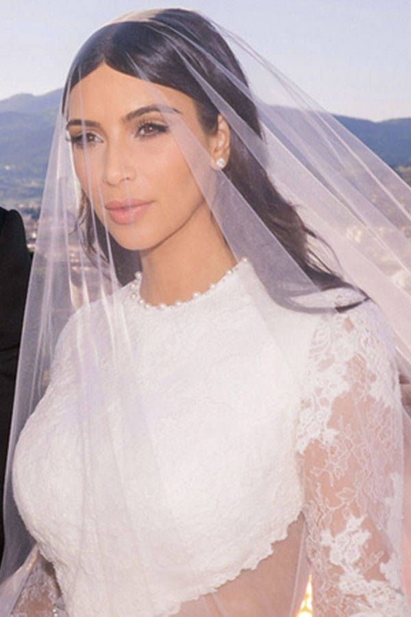 Thelist Wedding Hair Inspiration Celebrity Wedding Hair Kardashian Wedding Kim Kardashian Wedding Dress