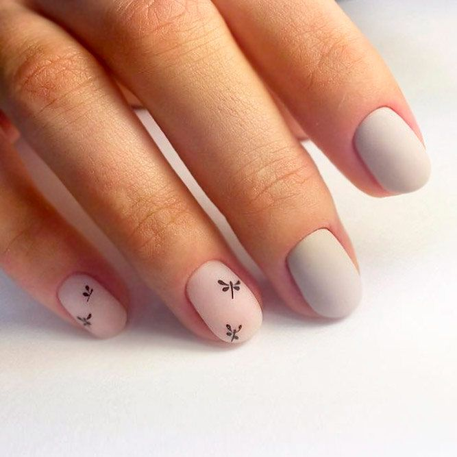 21 Nude Nail Designs You\'ll Love | Nude nails
