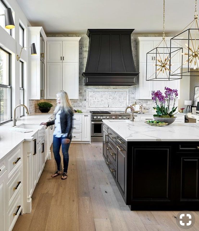 Island And Vent Hood Same Color Navy White Kitchen Remodeling Kitchen Remodel Layout Home Kitchens