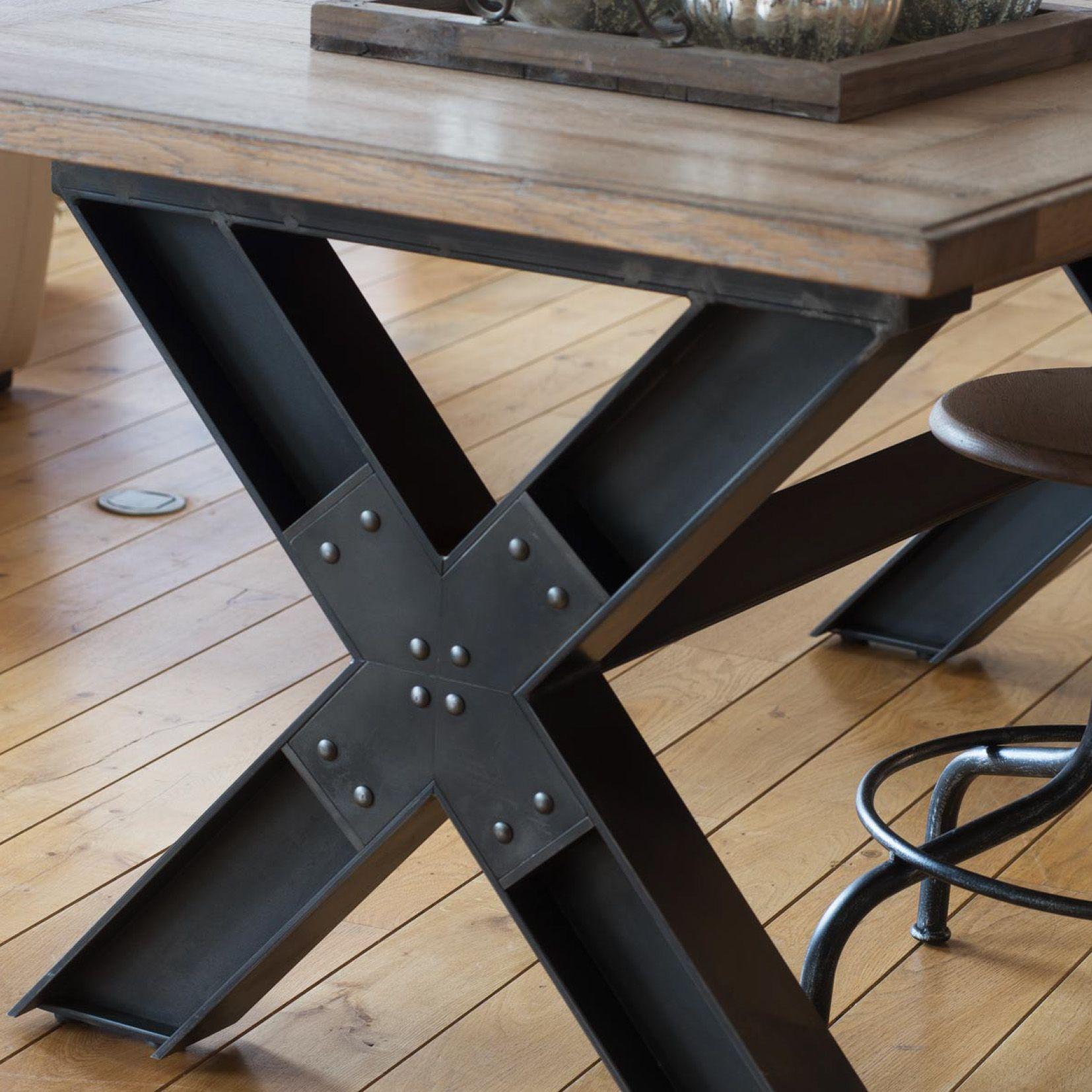 Retrouvez la table pieds en x mod le wisconsin chez l 39 univers int rieur table en bois 100 - Meuble cuisine en metal ...