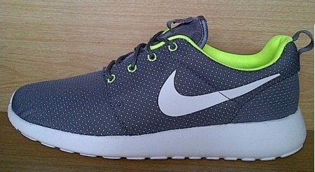Kode Sepatu Nike Roshe Run Grey White Ukuran 44 Harga Rp
