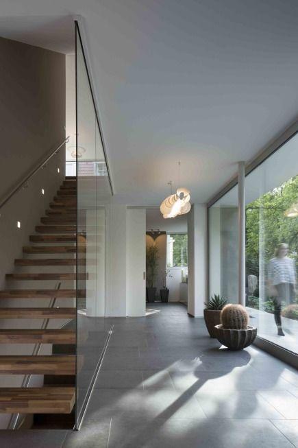 Eingangsbereich traditionelles wohnen im neuen gewand for Traditionelles geschenk zum neuen haus