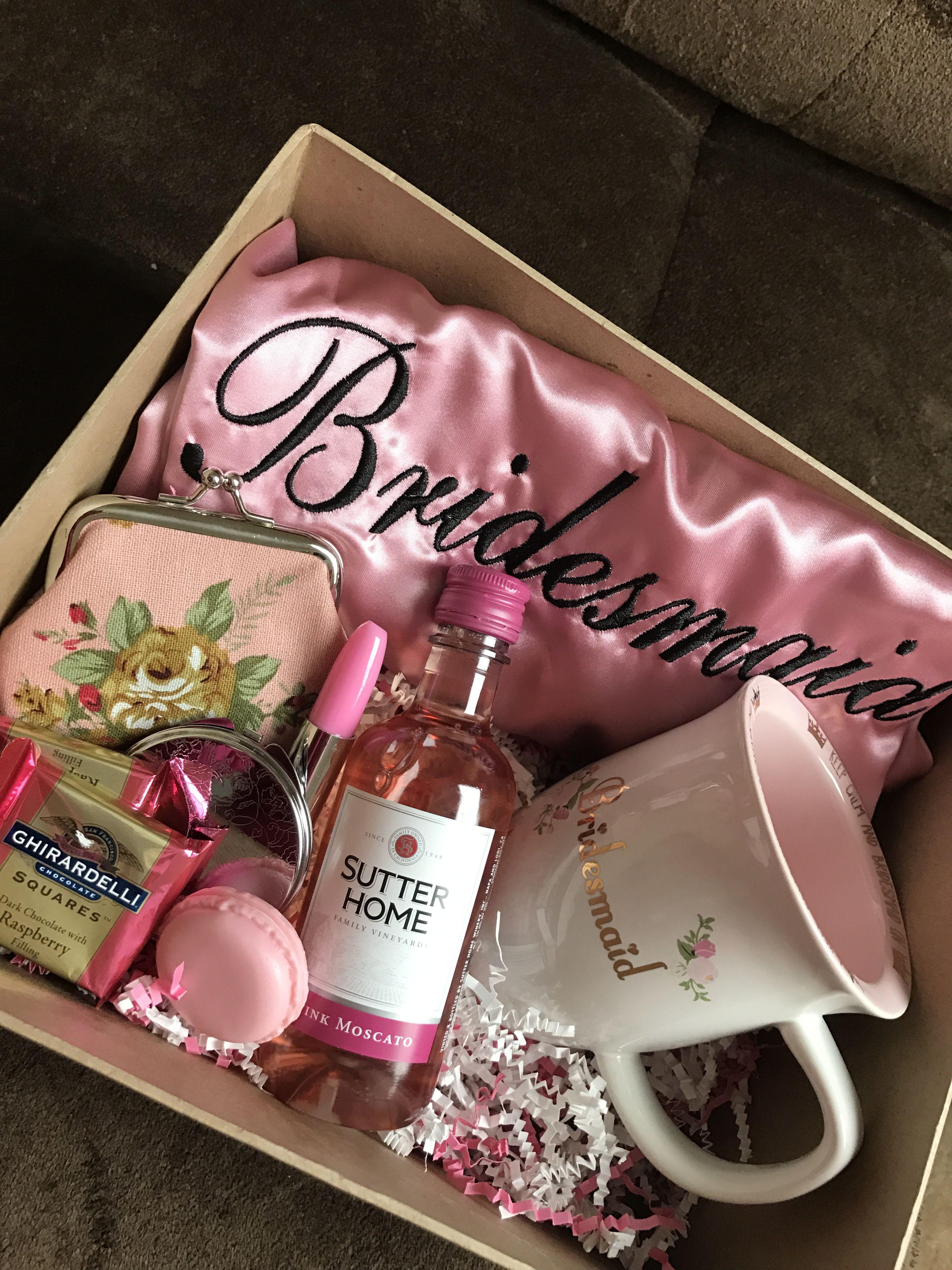 Such A Cute Bridesmaid S Box Picture De Rigueur Designs Piece Included