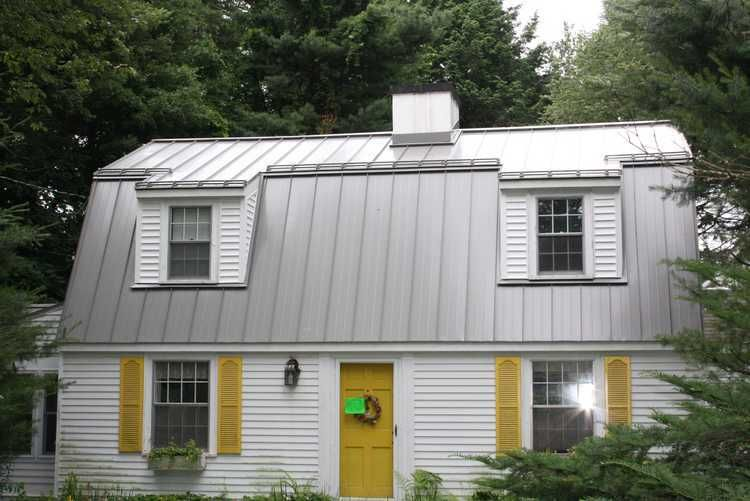 Standing Seam Roof With Metallic Finish Residential Metal Roofing Metal Roof Cost Standing Seam Metal Roof