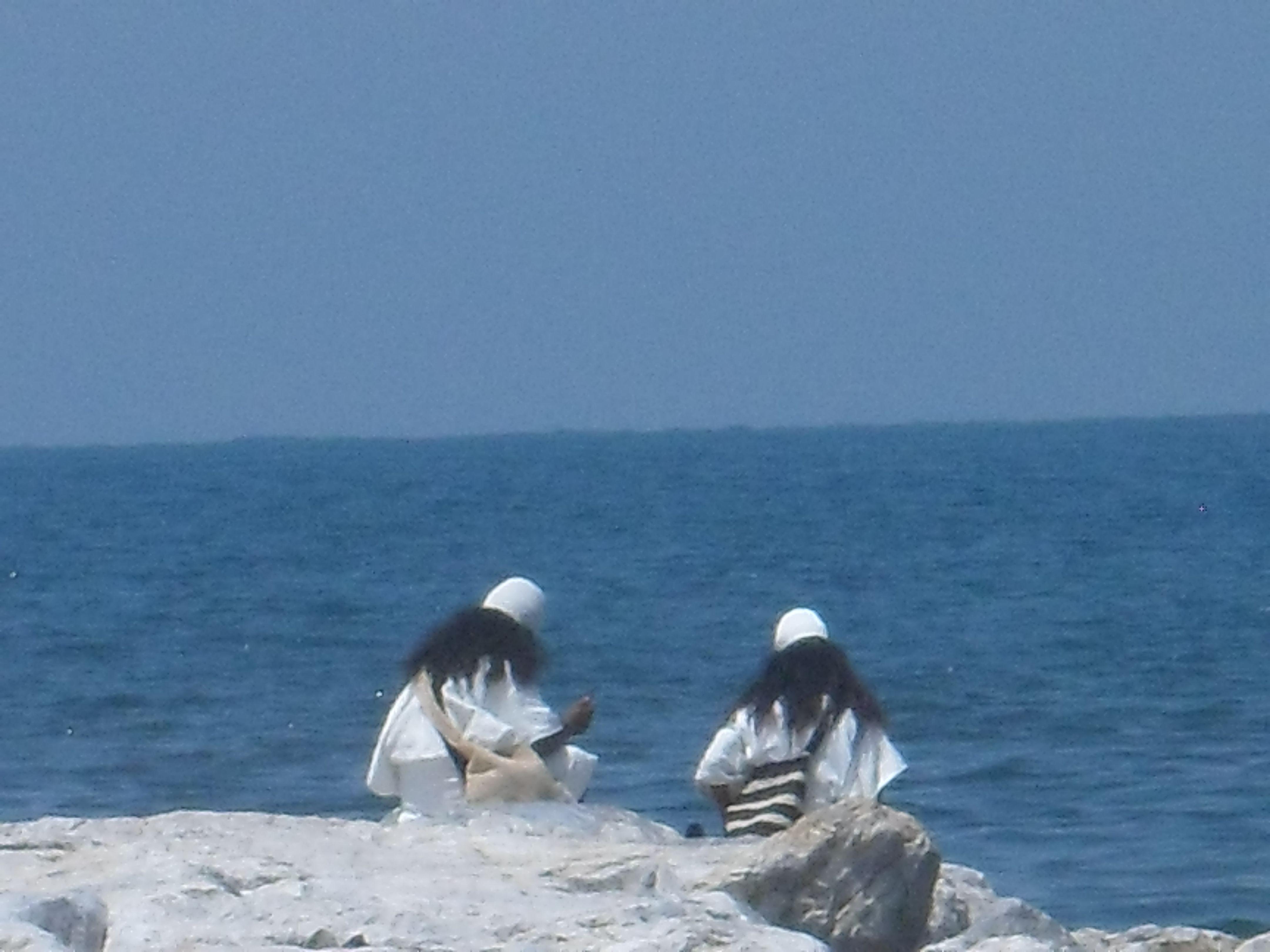 Indígenas Arahuacos En Las Playas De Santa Marta Un Buen Domingo De Sol Martes Santo Buen Domingo
