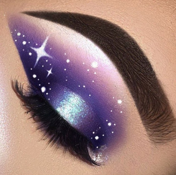 50 Fashionable And Stylish Eye Makeup Ideas 2019 - Page 36 of 50 - Chic Hostess #glittereyemakeup