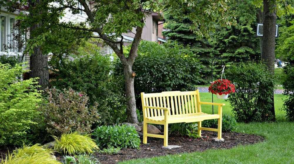 21 Diy Front Yard Makeover Ideas You Ll Love Projectsfacebookgoogle Instagrampinteresttumblrtwitteryou Benches