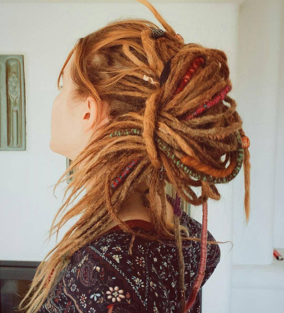 30 Gorgeous Dreadlock Styles For Girls Rasta Your Dreads Dreadlock Styles Hair Styles Dreadlocks Girl