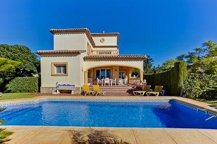 Villa à Moraira pour 8 personnes - 4 chambres, avec piscine 8x4 et
