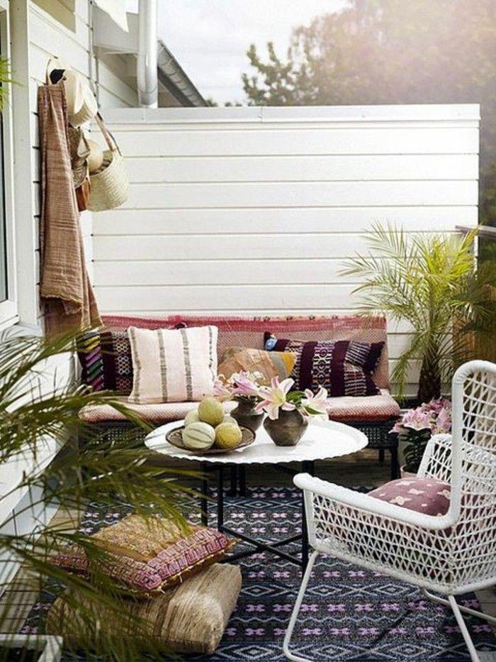 Balkongestaltung Mediterran Barock Stil Runder Tisch Flechttisch ... Balkon Und Terrasse Mediterranen Stil