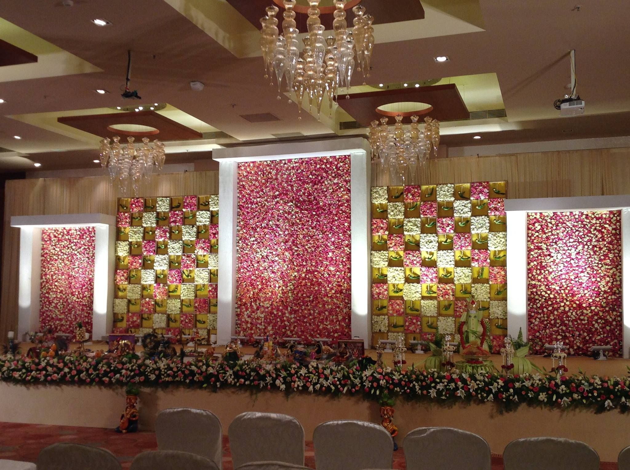 Contemporary Decor Ideas To Doll Up Big Days Floral - ly ...